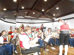 Bezirksmusikfest in Stans